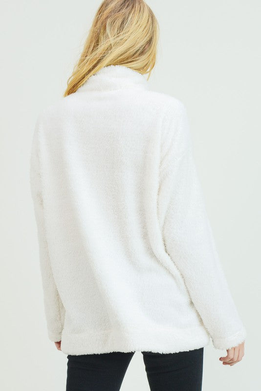 THE SNUG AS A BUG ZIPPER TOP
