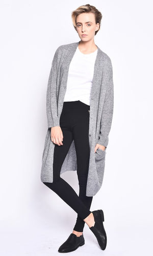 THE ESSENTIAL CASHMERE CARDIGAN