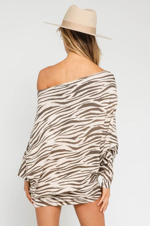 THE SUPREME ZEBRA OFF-THE-SHOULDER KNIT