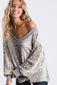 THE LATTE BABE SLOUCHY TOP - SNAKEPRINT