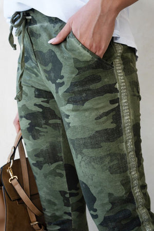 THE MADE IN ITALY CAMO PANTS - ARMY GREEN