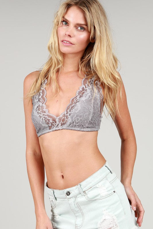 THE LACE BRALETTE