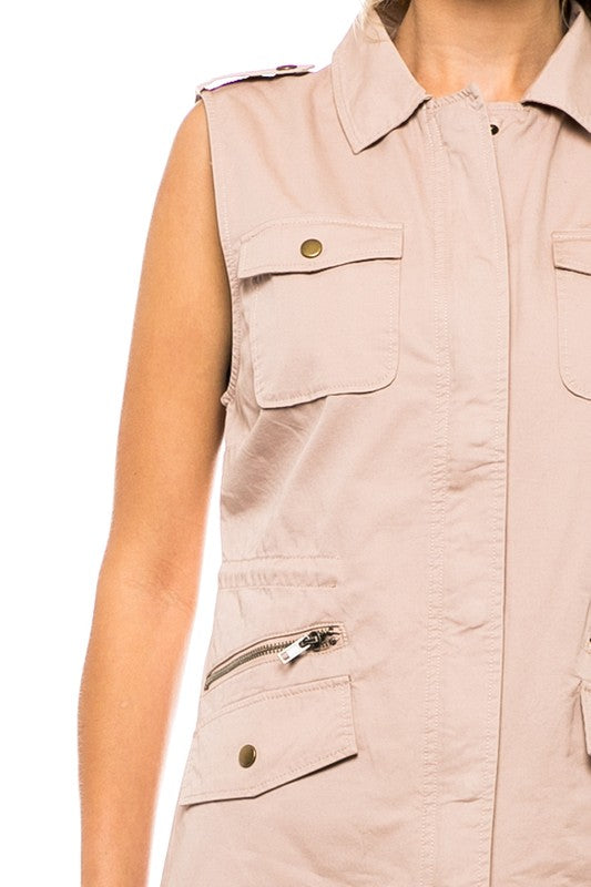 THE ESSENTIAL NEUTRAL VEST