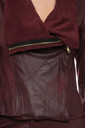 THE ESSENTIAL LIGHTWEIGHT SUEDE LOOK JACKET - WINE