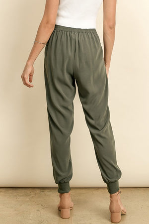 THE ESSENTIAL CREPE JOGGER PANTS