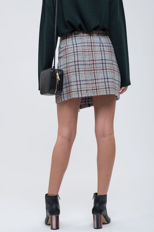 THE MAD FOR PLAID SKIRT
