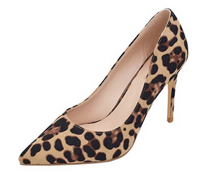 THE ESSENTIAL LEOPARD HEEL