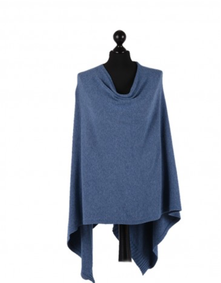 THE ESSENTIAL ITALIAN DROP NECK PONCHO