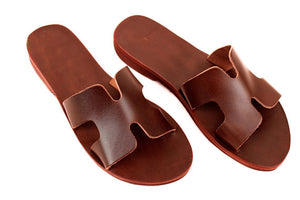 THE ATHENS LEATHER SLIDES