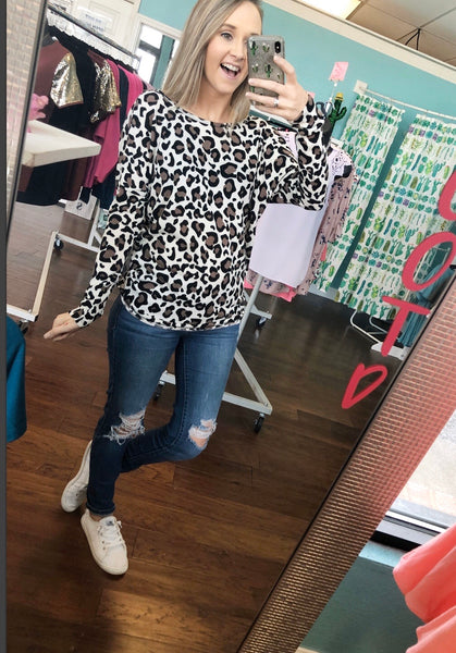 Leopard twist back top