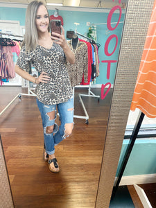 Leopard vneck top