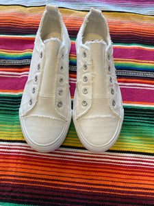 White babalu shoes