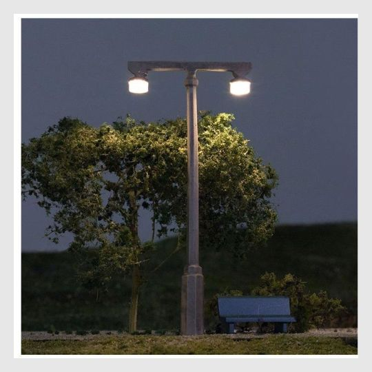 Woodland Scenics JP5676 - Twin Lamp (3 Pack) HO Scale