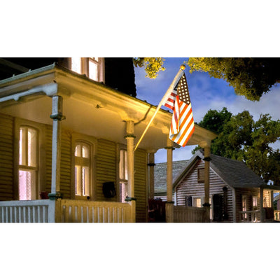 Woodland Scenics JP5953, US Flag and Wall Mount-Small
