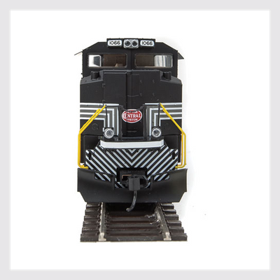 Walthers Mainline HO 910-19849 EMD SD70ACe, Norfolk Southern (New York Central Heritage) #1066 (ESU Sound and DCC Equipped)