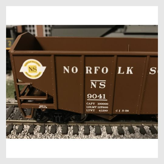 4170323886103 - Bowser Ho 42274 55-Ton Fishbelly Hopper, Norfolk Southern (Peaked End) #9041 - Rj's Trains