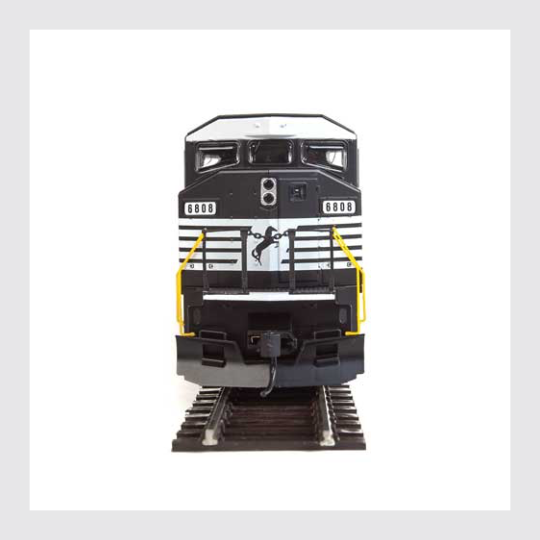 4362736205882 - Walthers Mainline Ho 910-20310 Emd Sd60M With 3-Piece Windshield, Soo Line #6061 (Sound And Dcc) - Rj's Trains