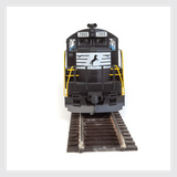 Walthers Mainline HO 910-10410 EMD GP9 Phase II with Chopped Nose, Norfolk Southern #2000