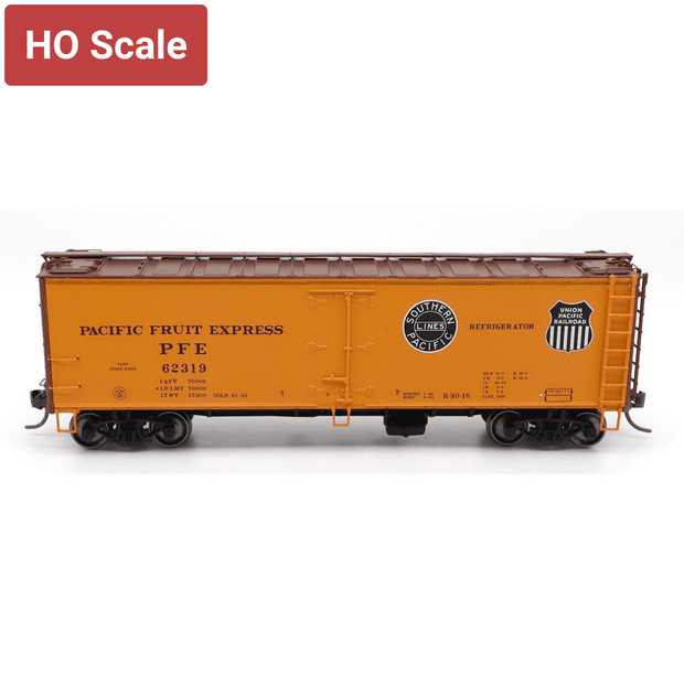 InterMountain, 47404-07, HO Scale, R-30-18 Refrigerator Car, PFE with Double Herald Black & White, #60275