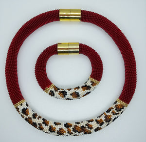Cheetah Necklace  and bracelet beadwork set - Lora's Treasures