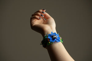 Handmade beadwork flower bracelet.  By Lora's Treasures.