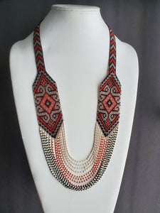 "Necklace ""Diamondshape pattern"""