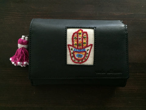 Handmade Leather Wallet with Hand Embroidery - Plumpy
