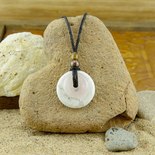 White Howlite Rose Quartz Pendant Necklace