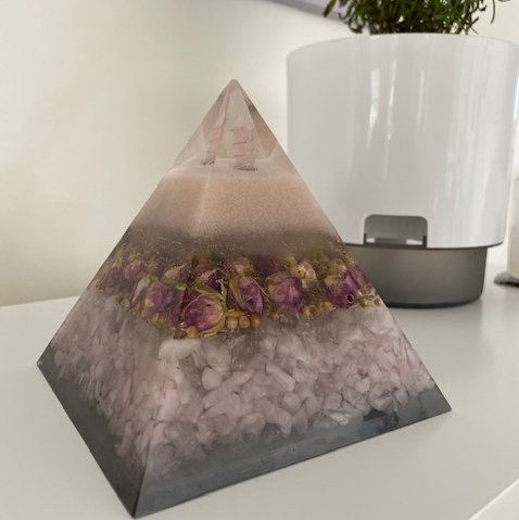 Love Spell - Powerful Orgonite Pyramid