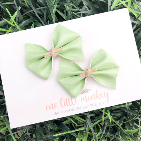Mint Patent RAEGAN Bows - Set of 2 Piggy Clips