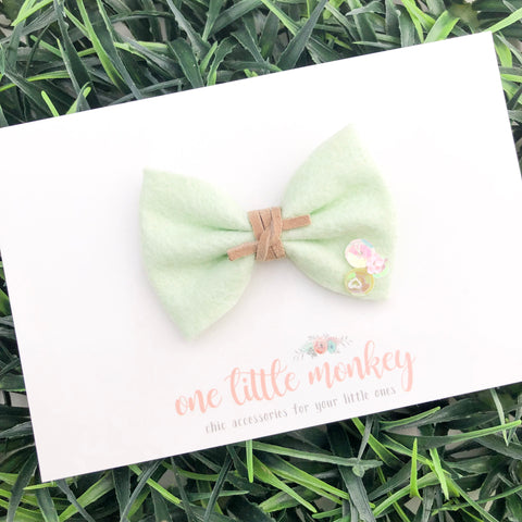 """Sassy"" Mint Wool Felt MILLIE-MINI Bow"