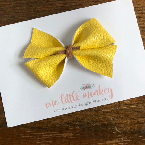 Banana KENNEDY Bow
