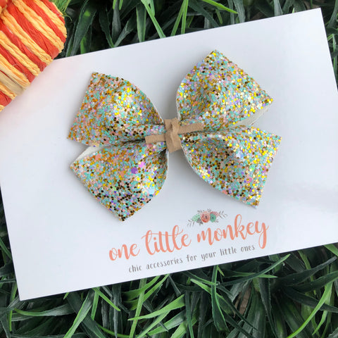 Somebunny to Love Glitter KENNEDY Bow