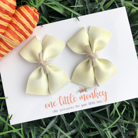Egg Dye Yellow RAEGAN Bows - Set of 2 Piggy Clips