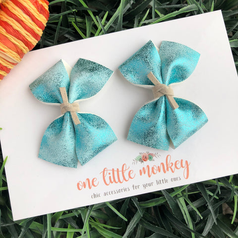 Metallic Blue RAEGAN Bows - Set of 2 Piggy Clips