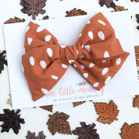 Pumpkin Seeds Hand-Tied MADISON Bow