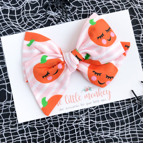 Sweet Jack O Lantern Hand-Tied MADISON Bow