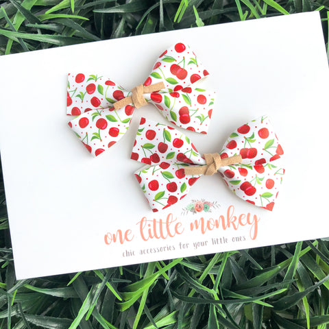 GILLIE - Set of 2 Piggy Clips - Cherries
