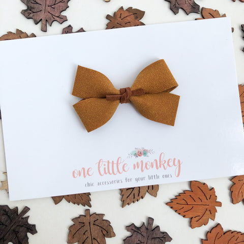Honey Suede GILLIE Bow