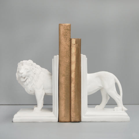 white lion resin bookends white moose australian designed book lovers bookshelf decor home decor elegant interior gold books