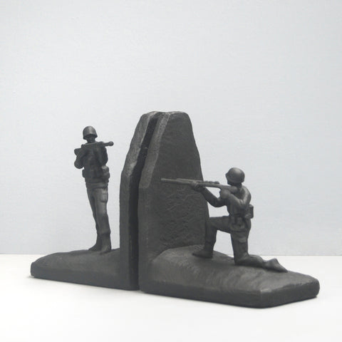 Bookends - Soldier - Black
