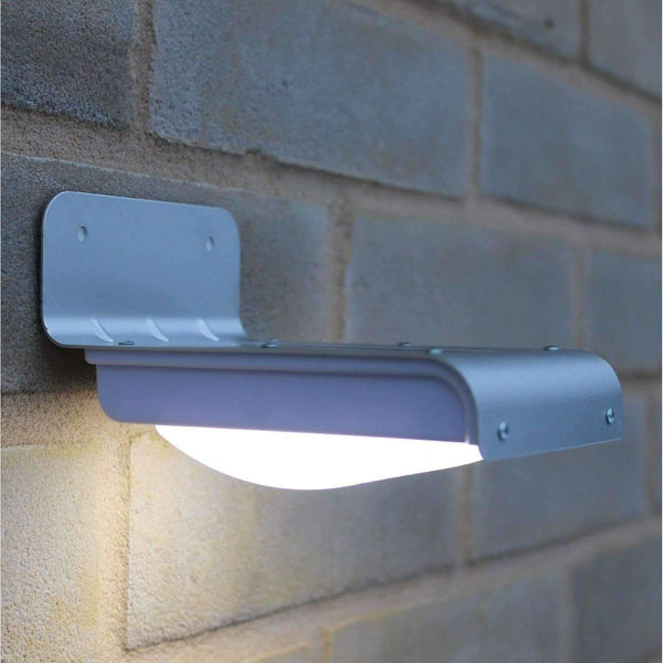stylishlytechie:16 LED Solar Powered Motion Sensor Garden Security Lamp