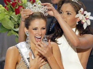 Former Miss USA Winner Reveals Her Beauty Secret!  Eating more Kale 🌿 has made Her Skin Glow