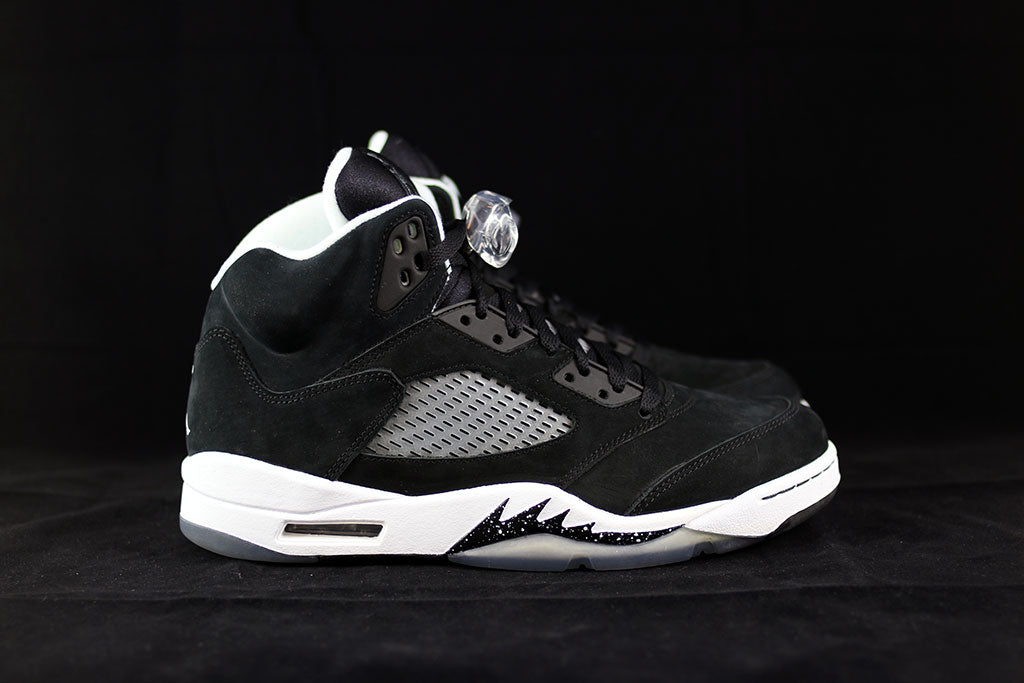 low priced d0d68 60d12 Air Jordan 5 Retro Oreo – The Sneakers Plug
