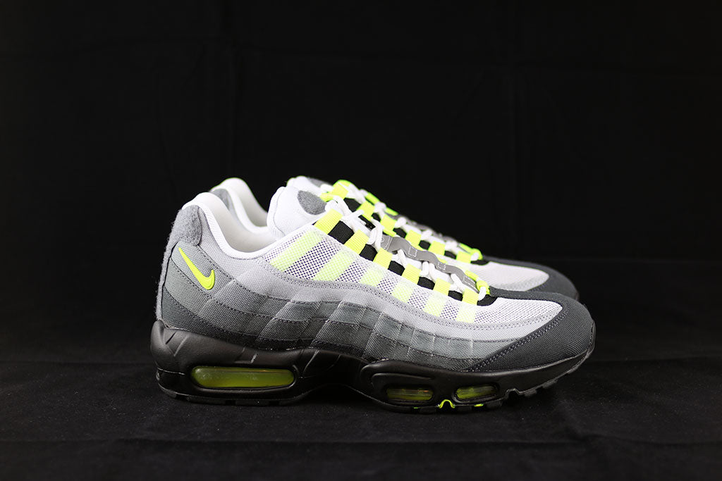 detailed look c933a 50080 Nike Air Max 95 V SP Neon Patch Pack - The Sneakers Plug