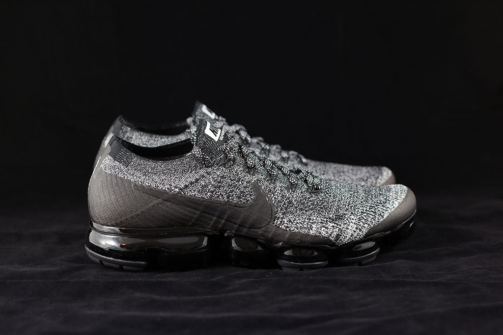 reputable site 62ef8 1f0f1 Nike Air VaporMax Flyknit