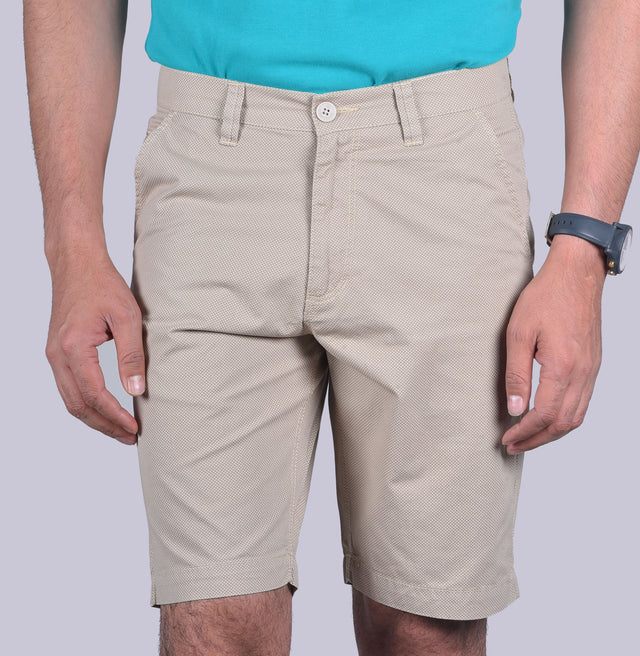 Beige Uber cool shorts. - urban clothing co.
