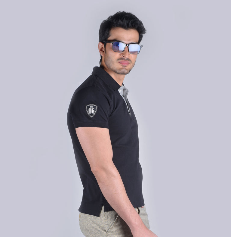 Black  solid polo t-shirt - urban clothing co.