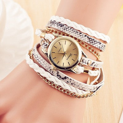 Women's Vintage Rivet Bracelet  Wristwatch