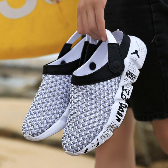 Summer Breathable Air Mesh lighted outdoor Beach slippers